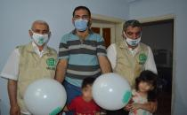 Hope Caravan Foundation repairs Syrian family's house and provides household goods