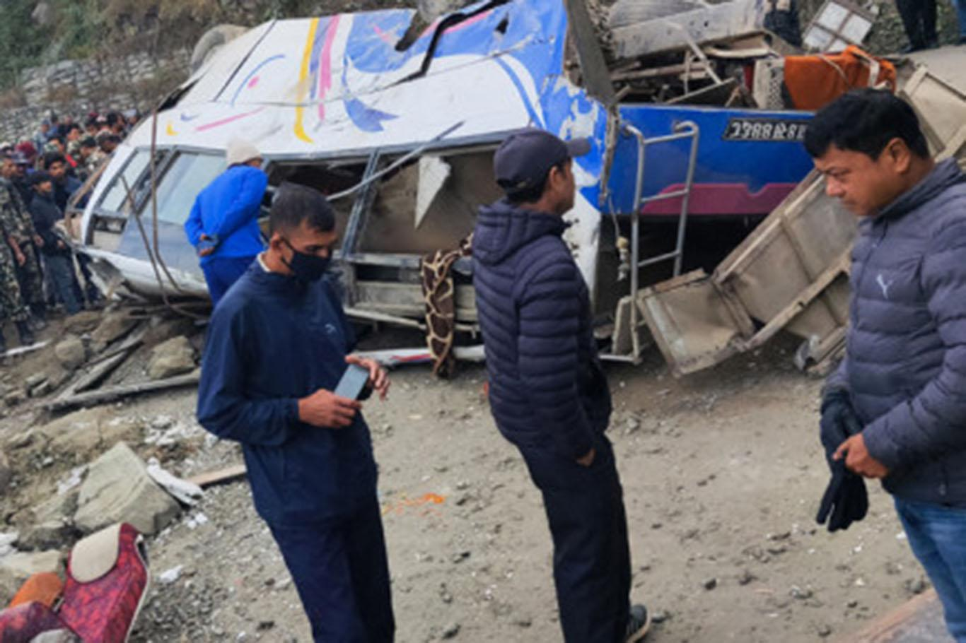 14 killed in traffic accident, 18 others wounded in Nepal
