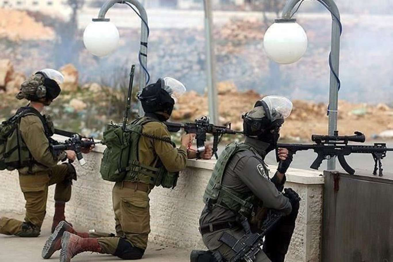 ZOF soldiers detain Palestinian child in southern Nablus