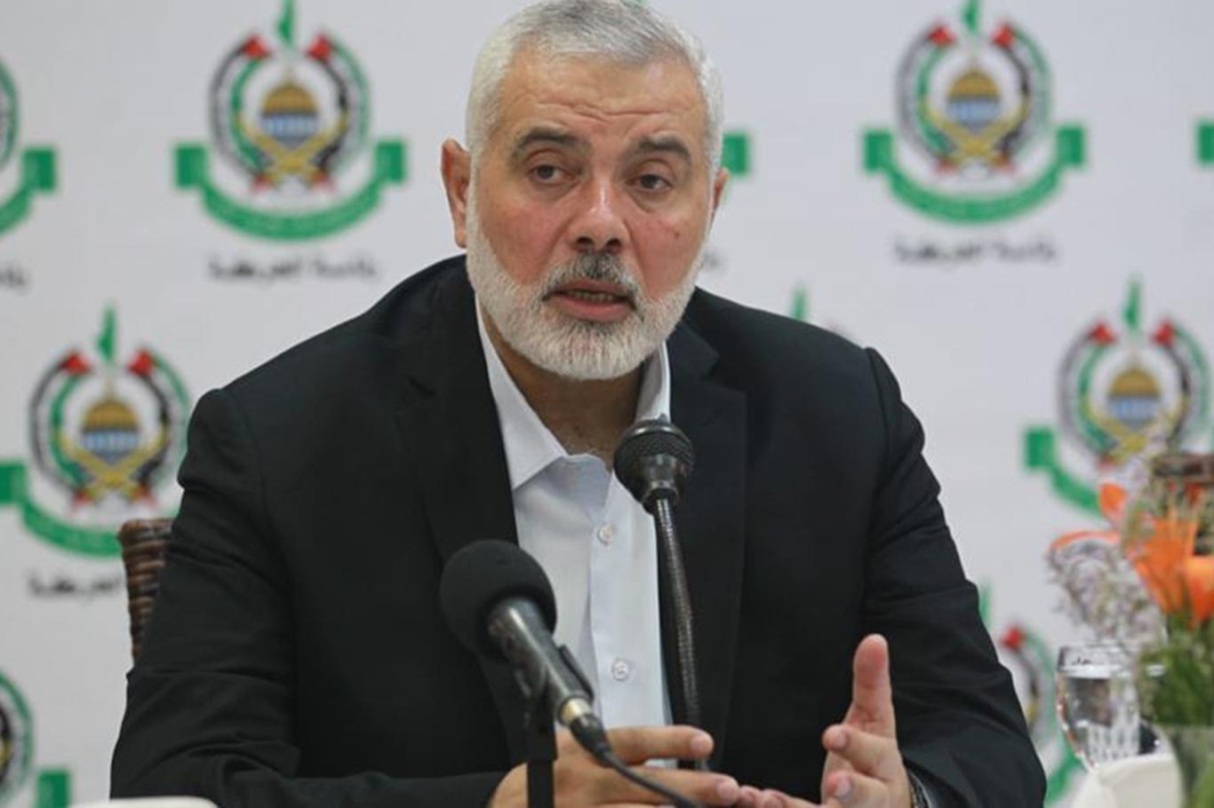Haniyeh phones Abbas to discuss how to face off Trump's plan