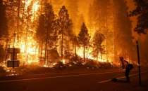 California: Traffic halted in both directions on Interstate 5 as Route Fire grows to 392 acres