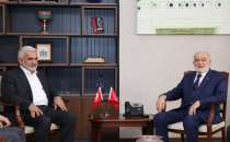 HÜDA PAR Chairman visits Felicity Party to offer condolences for the loss of Asiltürk