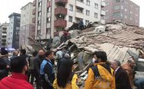 Building collapses in Istanbul