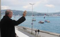 Erdoğan greets the boats on the 567th anniversary of the conquest of Istanbul
