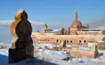 ​Ishaq Pasha Palace attracts visitors every season