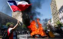 Protesters back on the streets in Chile