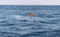 Refugee boat sinks in Aegean: one infant missing