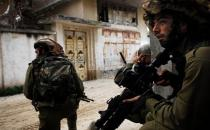 Zionist occupation forces launch arrest campaign in West Bank areas